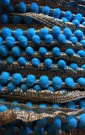 Bordura con PICCOLI Pom Pom color TURCHESE e DORATO ANTICO - 1 metro -