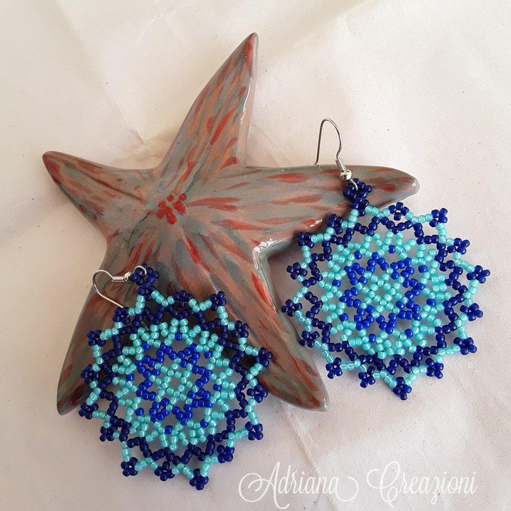 Orecchini Solana realizzato in tessitura peyote
