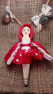 Ciondolo Bambola Cappuccetto Rosso