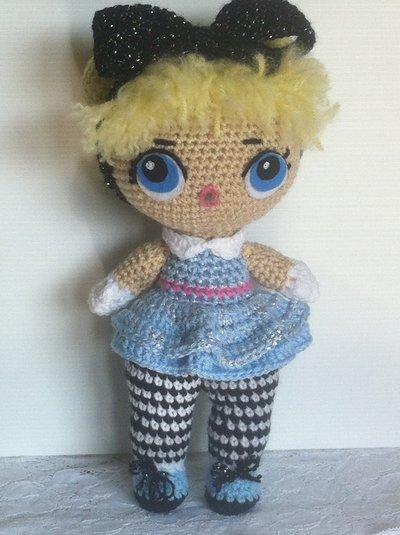 """Bambola """"Alice"""", uncinetto amigurumi"""
