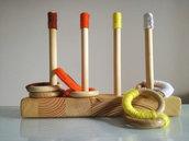 Gioco sensoriale in legno