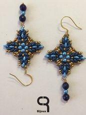 Orecchini pendenti blu