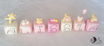 cake topper cubi con orsetti in scala di rosa CURICINI - 7 cubi 7 lettere bimba