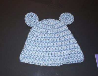 Cappellino coniglietto  in cotone realizzato ad uncinetto neonato
