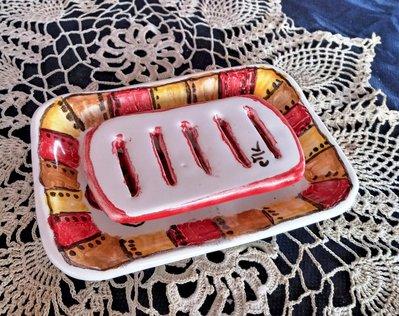2 pezzi per portasaponetta di maiolica, manufatto di creta rossa 2° accessorio che completa il set bagno