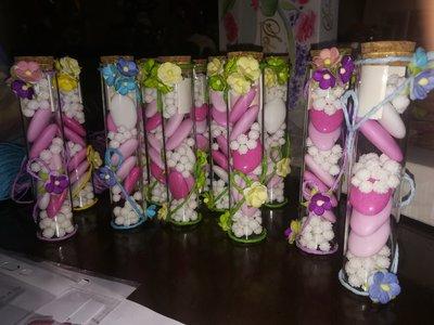 Idea segnaposto bomboniera ricordo regalo festa cerimonia provetta vetro fiori e farfalle