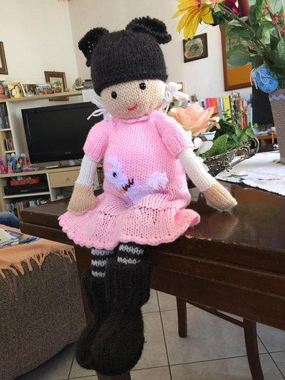 bambola in lana ai ferri Francesca