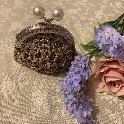 Borsellino uncinetto con perle