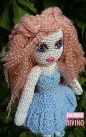 Bambola amigurumi, regalo bambina, regalo donna