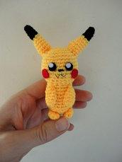 Pikachu-pokemon realizzato a mano