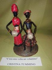 Statua africana di carta