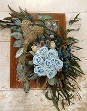 quadro di fiori e materiale stabilizzato