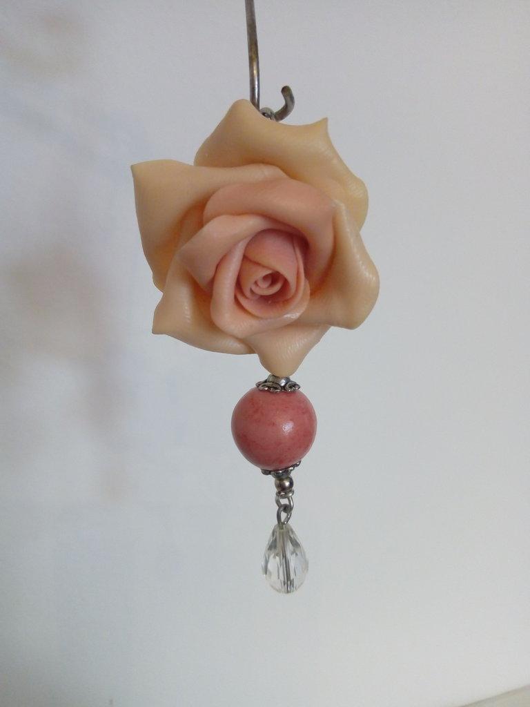 Ciondolo con rosa