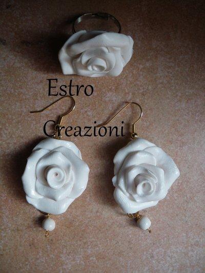 orecchini e anello bianca
