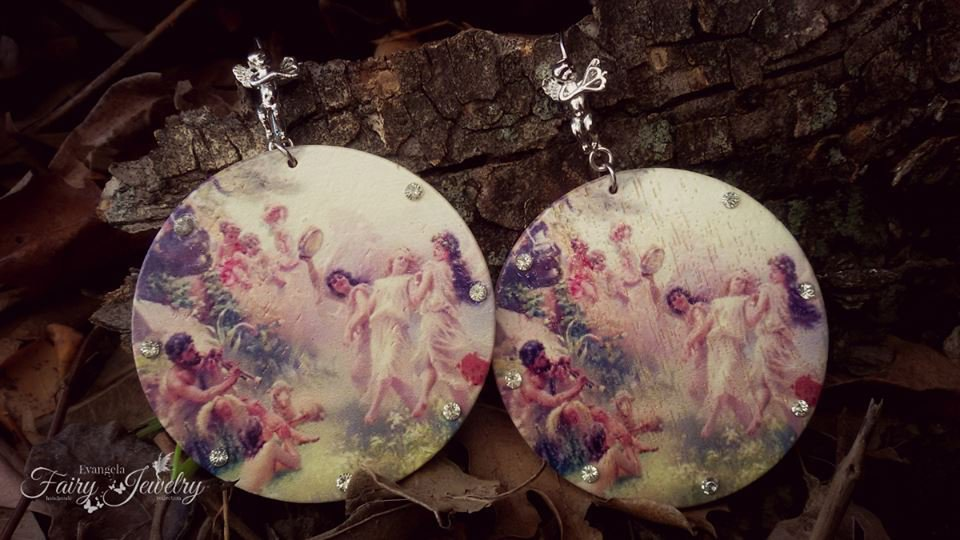 Orecchini cerchi danzatrici legno  con monachelle angelo cupido idea regalo moda
