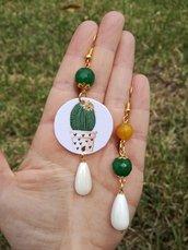Cactus orecchini di carta con ciondolo a forma di cerchio e perle verdi, gialle e bianche