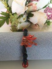 bracciale in pietra lavica e corallo sardo