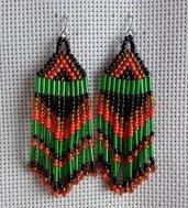 Orecchini frangia verde, arancio, nero fatti a mano