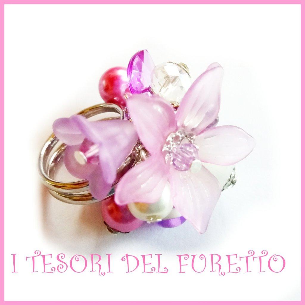 "Anello "" Fufu Flower Lilla ""  fiori lucite primavera estate regolabile perle cerimonia damigella idea regalo"