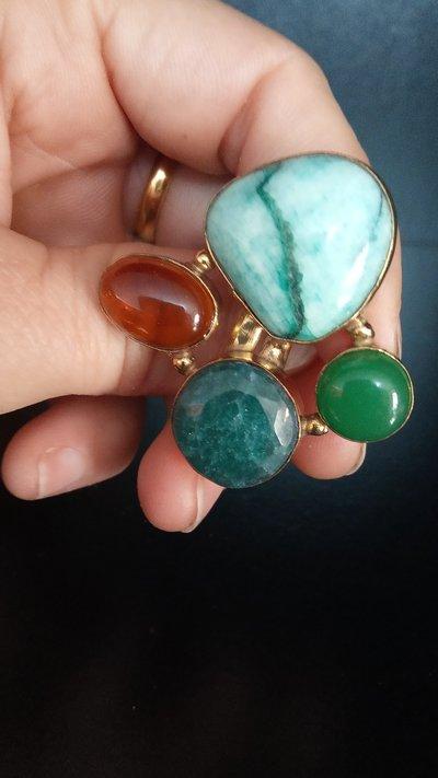 anello pietre naturali incastonate