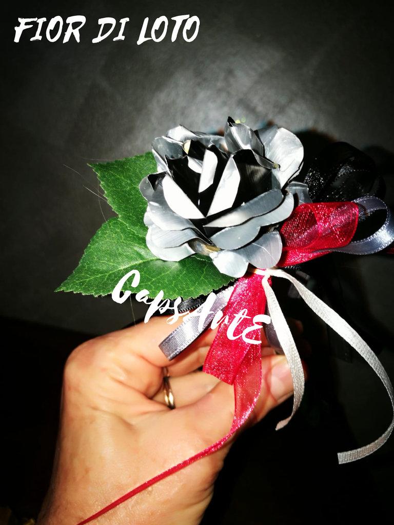 Penna/Bomboniera decorata con fiori fatti a mano da capsule di caffè - Linea Fior di Loto