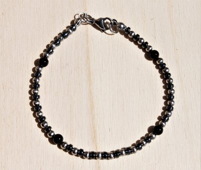 ematite, onice nero e acciaio, braccialetto unisex sottile minimalista, braccialetto elegante, bracciale unisex nero