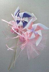 Bomboniera battesimo bimba girandola in pannolenci con confetti