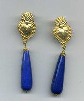 ORECCHINI pendenti con cuore votivo e grande goccia di lapislazzulo