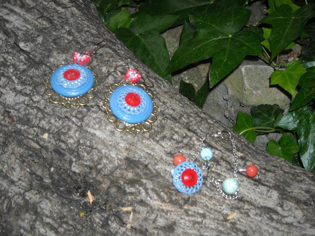 Gaia: Orecchini con pendente e bottone vintage