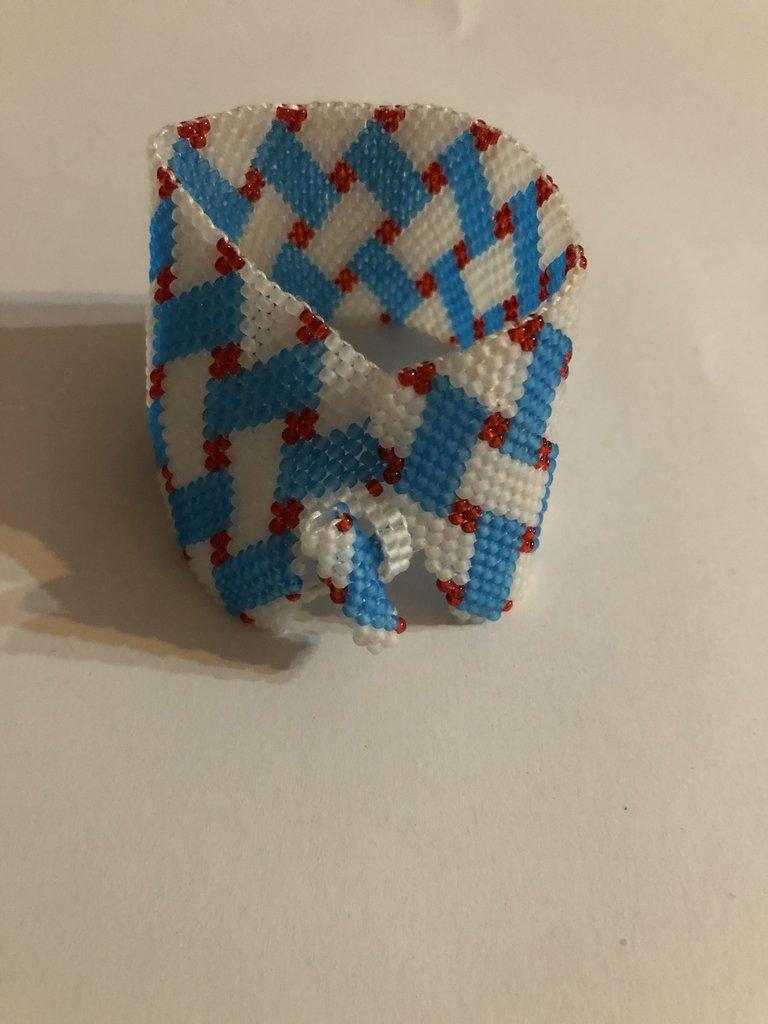 Braccialetto peyote con perline azzurro opaco