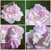 Bomboniere bebè su petali