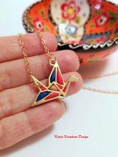 Collana gru origami rossa dorata, gioielli origami, gioielli portafortuna, regalo amica, regalo bambina, regalo origami, collana uccello