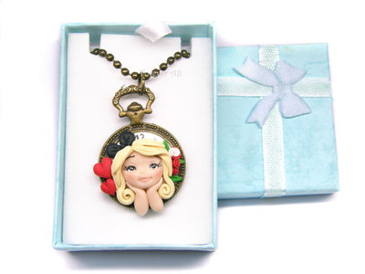 Collana Alice in Wonderland su cammeo fimo dolls necklace clay Kawaii