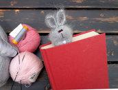 Segnalibro Coniglio a maglia amigurumi
