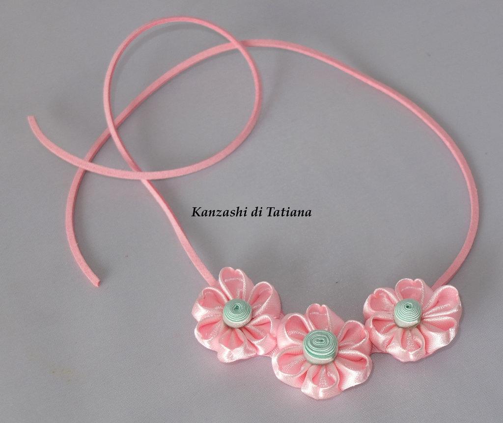 Collana kanzashi con fiori 4.4