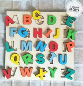 Puzzle lettere alfabeto in legno Montessori prescolare.