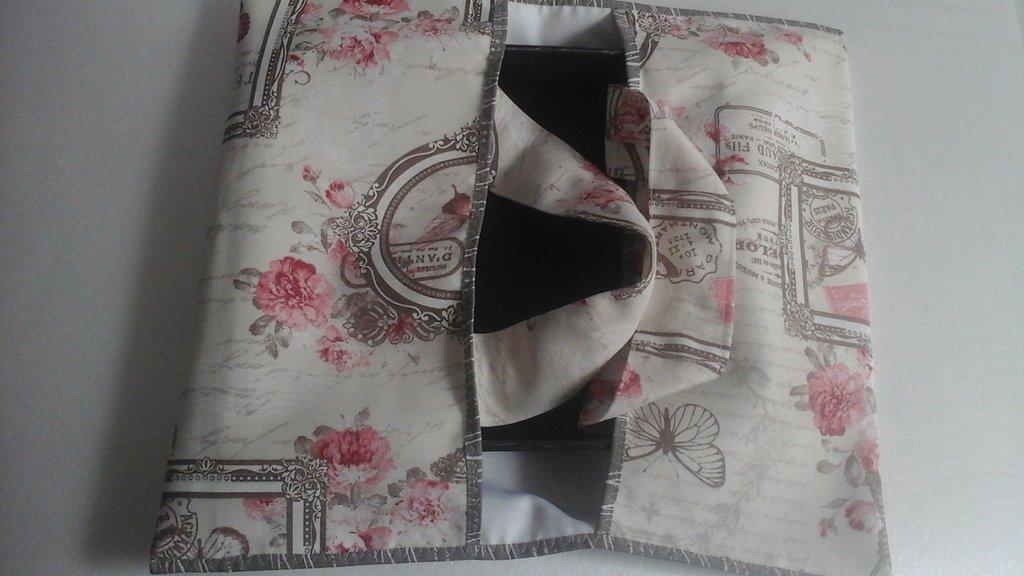 Portatorta, porta teglie o torte in stoffa, stile provenzal chic