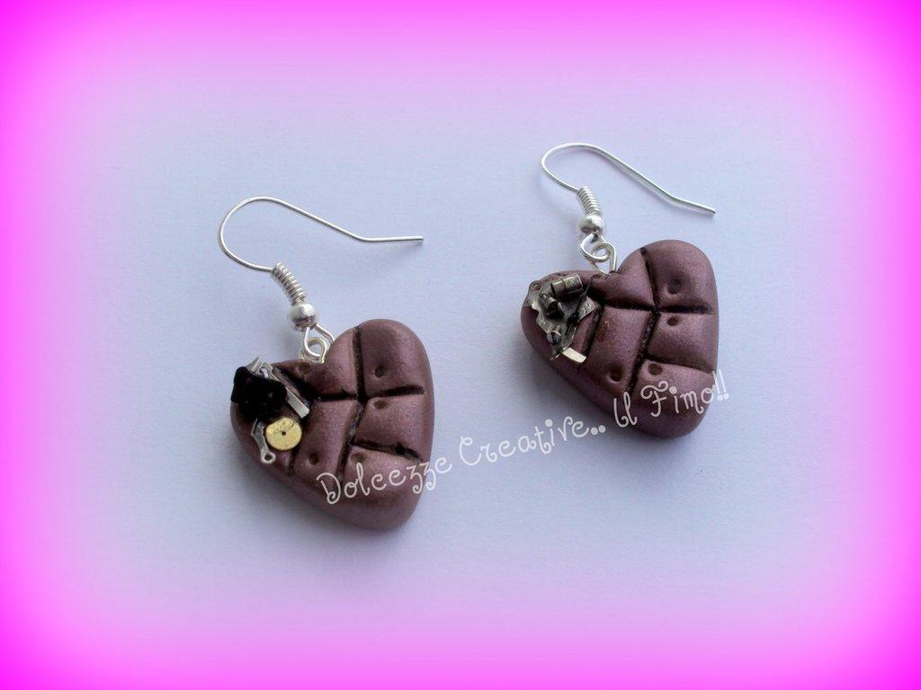 ★★SALDI Orecchini steampunk : cuori viola metallizzato in fimo e cernit :)