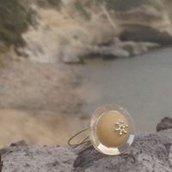 Anello con bottone vintage unico e irripetibile