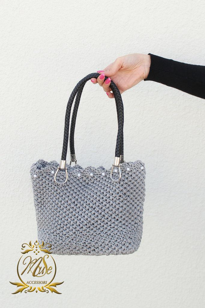 Shopping bag all'uncinetto, borsa da giorno grigia