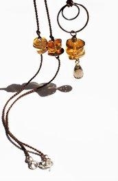 argento, oro d'ambra e quarzo, collier minimalista stile eclettico contemporaneo, collana argento puro, seta, quarzo fumè e ambra naturale