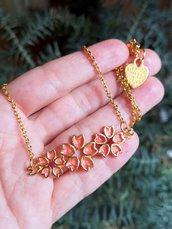 Collana in resina con fiori di ciliegio sakura in rosso corallo, gioielli in resina per matrimonio, gioielli sposa, collana sposa