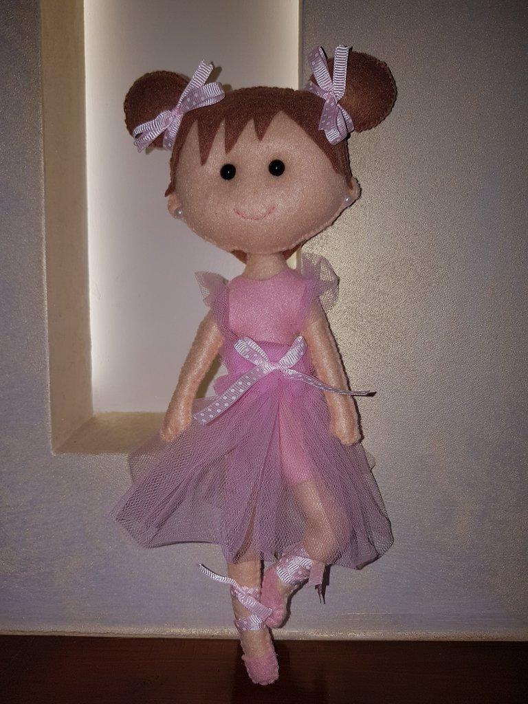 Bambola ballerina pannolenci