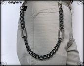 Catena per pantaloni e jeans, in maglia gourmette color canna fucile con anelli ovali e moschettoni  in metallo cromato, cm.56, idea regalo