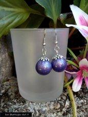 Orecchini in resina colore viola