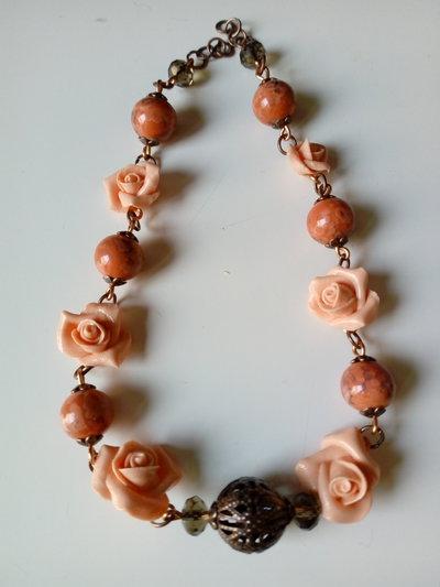 Collana tante rose