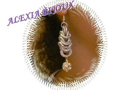 orecchini in chaimail e strass