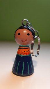 Portachiavi peg dolls in legno dipinti a mano con acrilico e vernice protettiva - Altezza cm 6