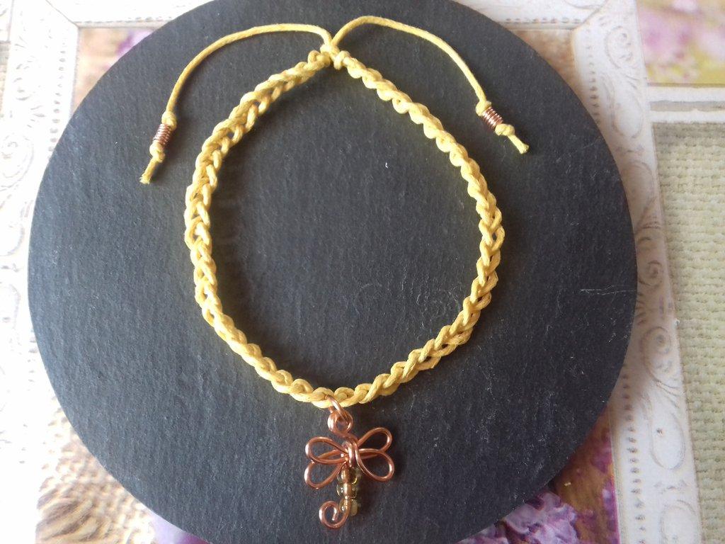Braccialetto estivo giallo con libellula e quarzo citrino