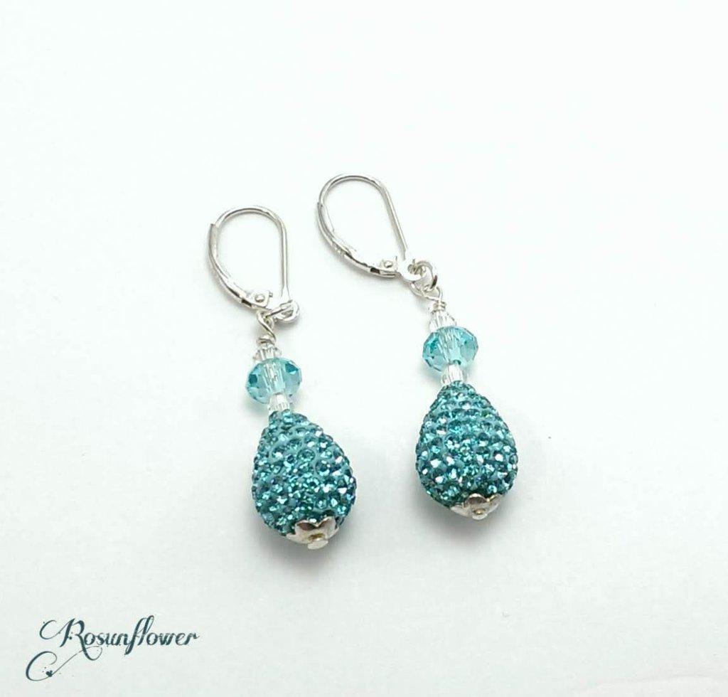 Orecchini pendenti perla a goccia azzurro, regalo mamma